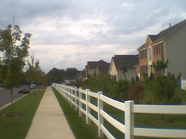 Houses on Fairland Road